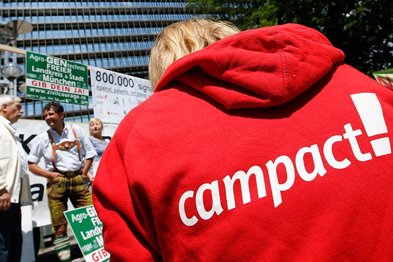 Campaigner*innen für Campact oder Campacts Petitionsplattform WeAct
