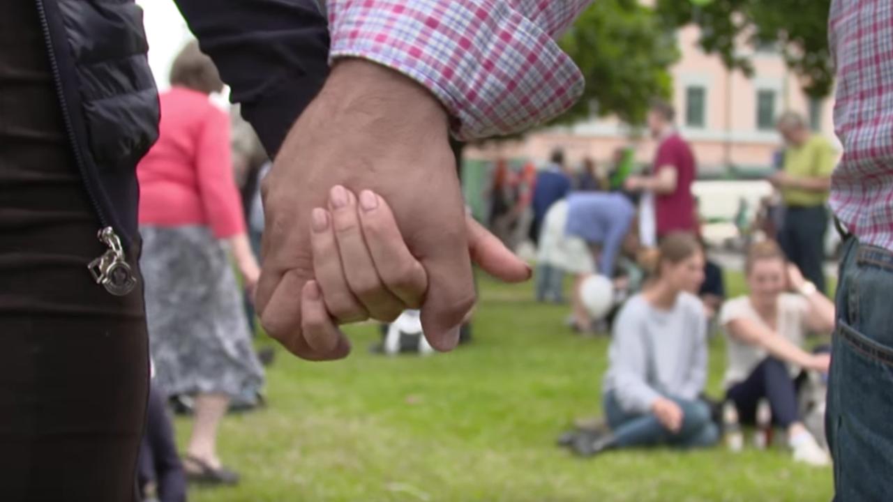 40.000 Hand in Hand gegen Rassismus, für Menschenrechte und Vielfalt