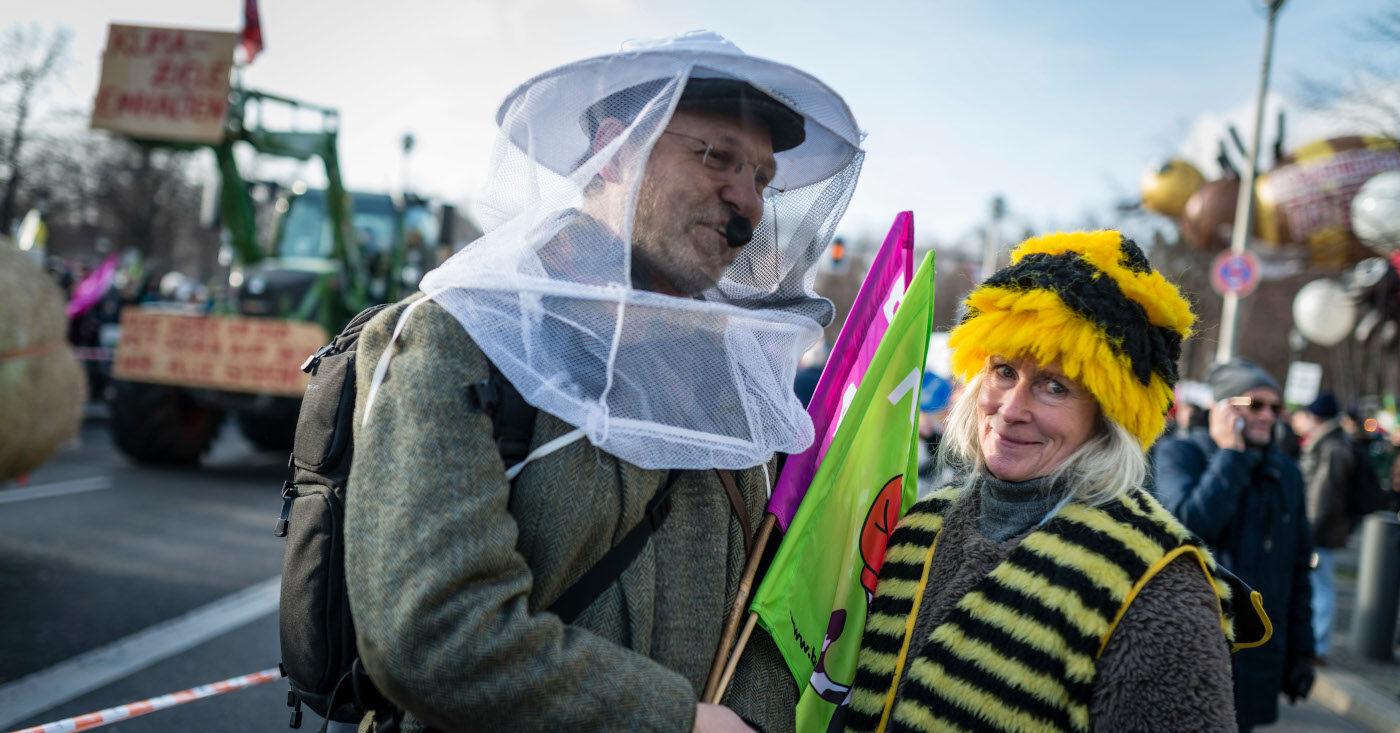Klöckner blockiert Bienenschutz, Campact startet einen Appell